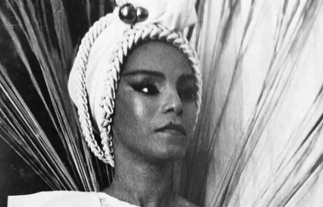 90 anos de Elza Soares, a mulher do fim do mundo, por Luiz Rocha