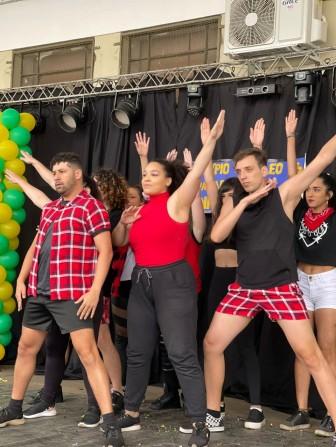 Ação multicultural em Bernardino teve participação de Studio Fire Bird de Piraju