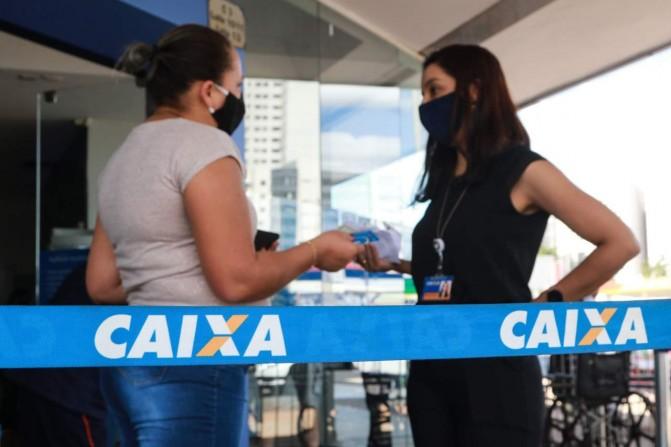 Bancários da Caixa: essenciais para o Brasil,  por Sergio Takemoto
